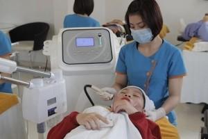 tri-mun-bang-cong-nghe-oxy-led-co-dau-khong1
