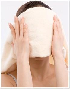 Bật mí cách làm giảm mụn đầu đen với 6 bước massage da mặt 2