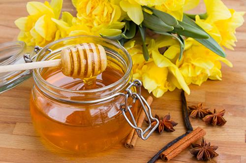 Kiểm nghiệm hiệu quả từ cách trị mụn bằng mật ong 2