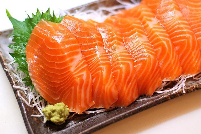 """""""Khống chế"""" mụn trứng cá với chế độ ăn uống khoa học 2"""