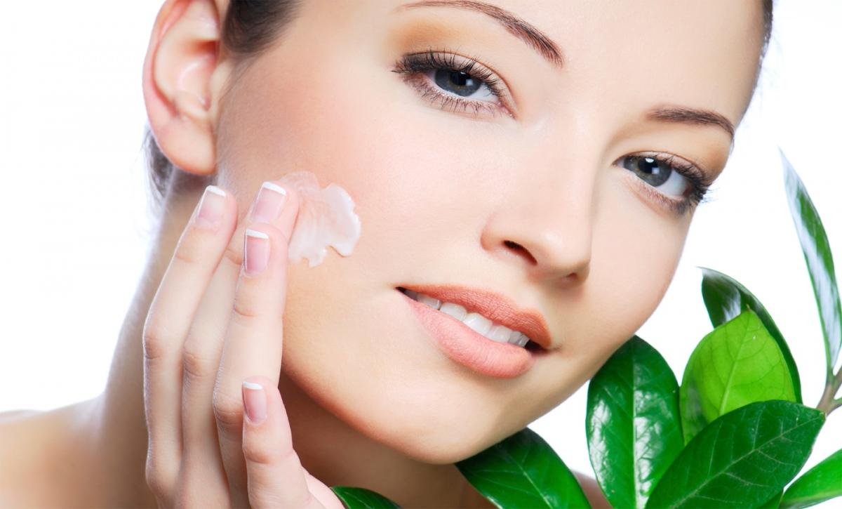 Bày cách chăm sóc da sau khi lột mụn cám3