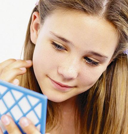 Làm sao để trị sạch mụn cám trên mặt? 1