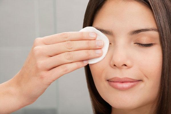 Săn tìm phương pháp trị mụn hiệu quả cho tín đồ make up3