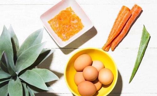 mặt nạ cà rốt lòng trắng trứng