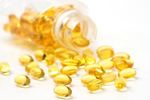 trị mụn bằng vitamin e