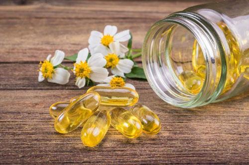 vitamin e trị mụn